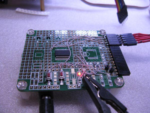 Макетная плата с микроконтроллером PIC18F26K40